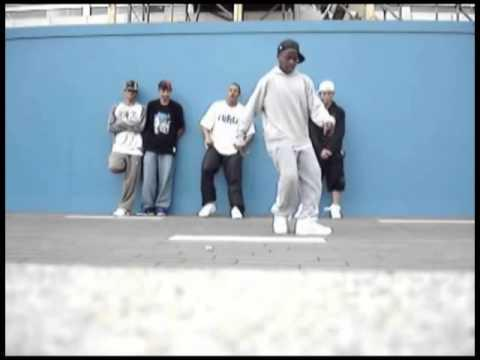 Crip Walk With Irish Jig Music Remixed