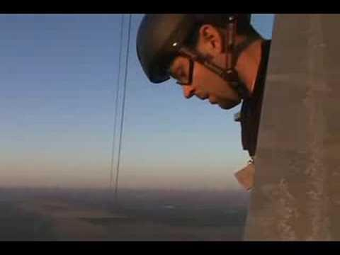 Awesome - Base Jumping From The Antenna