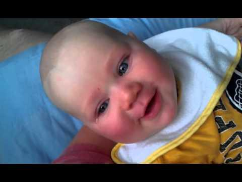 Jokes - Baby Boy Doesn't Want His Mom To Sing