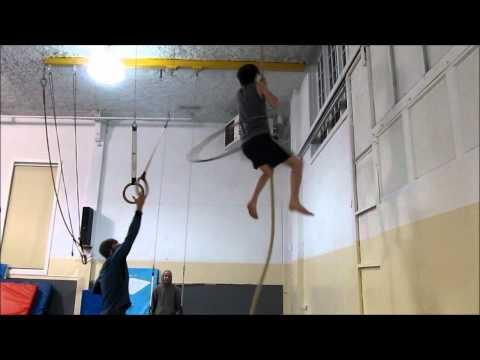 Epic - Guy Does Hula Hoop And Climbs The Rope
