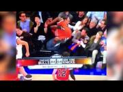 Quick Thinking Dad Saves His Daughter At Knicks Vs Bulls Game
