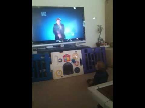 Jokes - Conan O'Brien Makes Baby Laugh