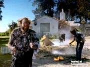 Funny Thanksgiving Turkey Cooking Ad For AT&T