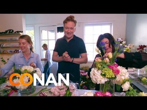 Conan O'Brien Delivers Bouquets On Valentine's Day