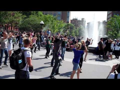 Flash Mob - Proposal in Washington Square Park