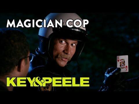 Jokes - Cop Is A Magician