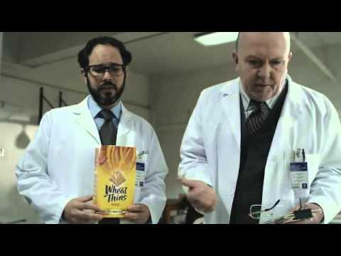 Jokes - Puppet Goes Crazy For Wheat Thins