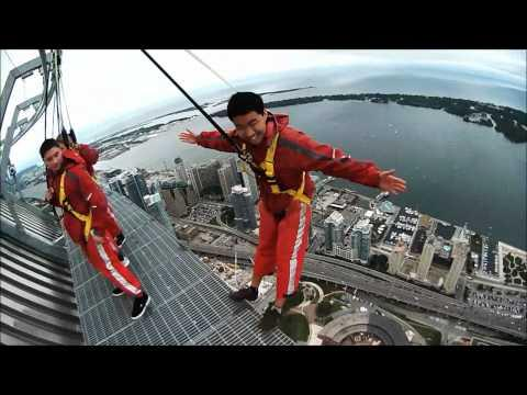 Awesome - Walking On Top Of CN Tower