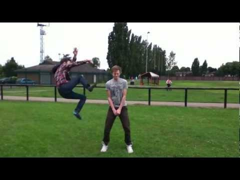 WTF - Guy Gets Kicked In The Head