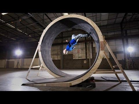 Damien Walters' Amazing Human Loop The Loop