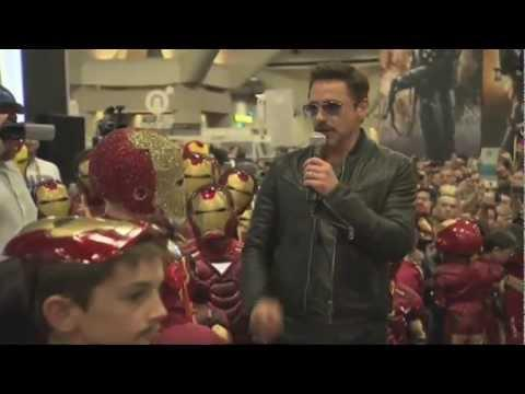 Jokes - Robert Downey Jr Visits Comic-Con