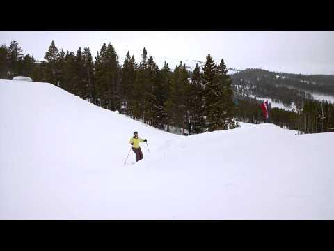 Funny Mother's Skiing Jump FAIL