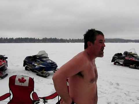 Epic - Canadian Fisherman Goes Diving In Freezing Water