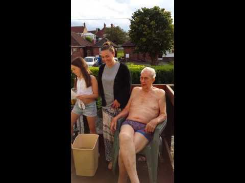102 Years Old Grandpa Takes The ALS Ice Bucket Challenge