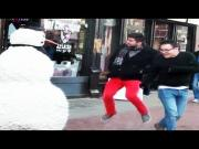 Funny Scary Snowman In Boston Prank