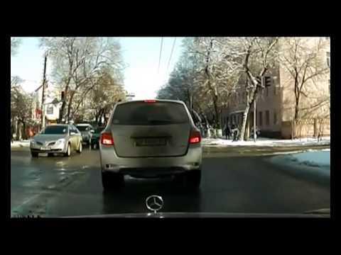 Epic - Taxi Driver's Epic U-Turn