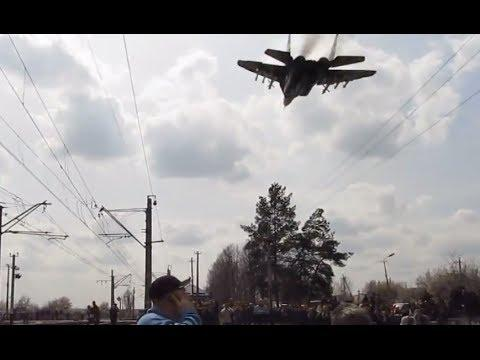 Ukrainian Fighter Jet Flies Over The Pro Russian Protesters