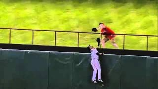 Baseball Fan Catches Ball And Does Gangnam Style Dance
