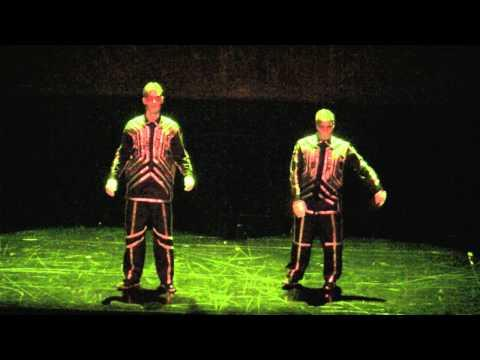 Awesome - Dubstep Music Robotic Dance