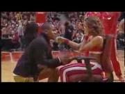 Shane's Surprise Proposal To His Girlfriend Chicago Bulls Cheerleader Ariana