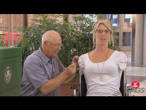 Man Proposes To Woman With No Arms Prank