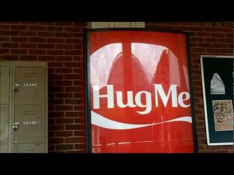 Jokes - Hug The Vending Machine And Get Free Cola
