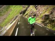 Crazy Norwegian Eskil Riding His Bike Backwards Down Trollstigen
